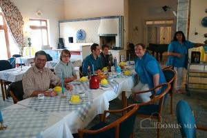 BoysDay: Frühstück im Seniorenzentrum