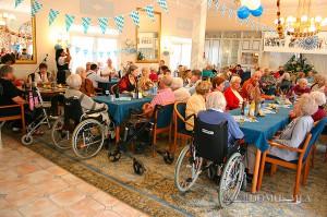 Bewohner feiern Oktoberfest in Bayerisch Gmain