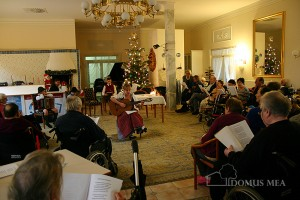 """Singen mit dem """"FreiRaum Theater Wals"""" im Seniorenzentrum Bayerisch Gmain"""